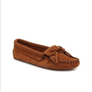 Minnetonka Kilty Moccasin in Cognac
